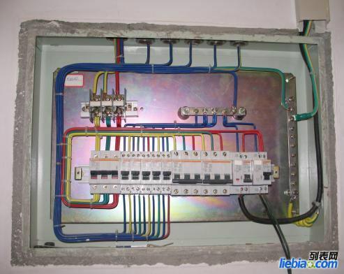 专业家庭电路维修-维修电路 开关 灯具服务