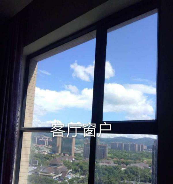 西双十二城 1室1厅1卫 江景房