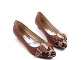 批发女鞋单鞋VIVI杂志时尚豹纹皮带扣小