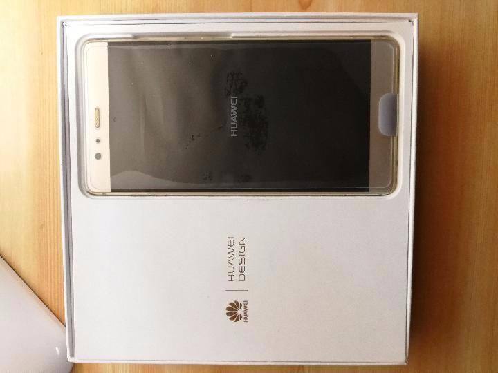 华为二手手机,新屏,所有配件完好无损,功能正常