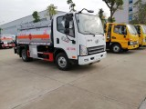 厂家直销解放虎V5吨油罐车限量惊爆价出售