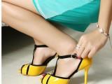 包邮欧美女鞋新款明星刘嘉玲同款鱼嘴防水台细跟高跟鞋拼色凉鞋女