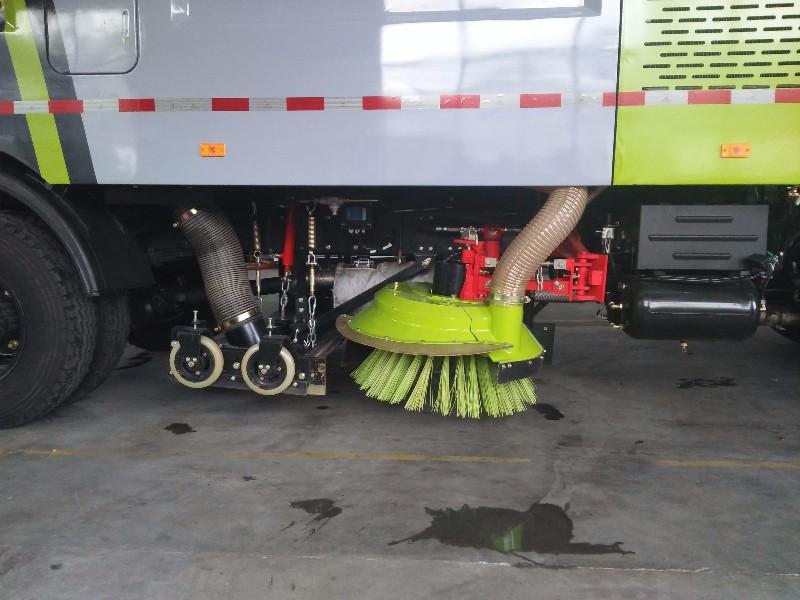 吸尘车 吸扫车 洗扫车厂家销售,让利到家!
