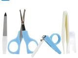 婴侍卫 婴儿护理用品组合 婴儿指甲钳/安全剪刀/镊子/指甲锉 C804