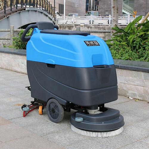 甘肃中型清扫车厂家,乐优马清洁设备业内评价高