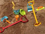 澳洲大牌 经典宝宝沙滩玩具套装 儿童挖沙工具组合多款选