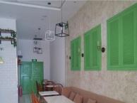 合肥甜品店装修设计案例实景图灰色与绿色碰撞的空间