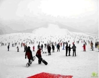 平谷渔阳滑雪场+京东温泉+公司年会 两日游