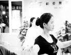 学优雅礼仪 化气质妆容 学礼仪来山木培训