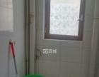 龙泰苑A区115平三室1500元/月