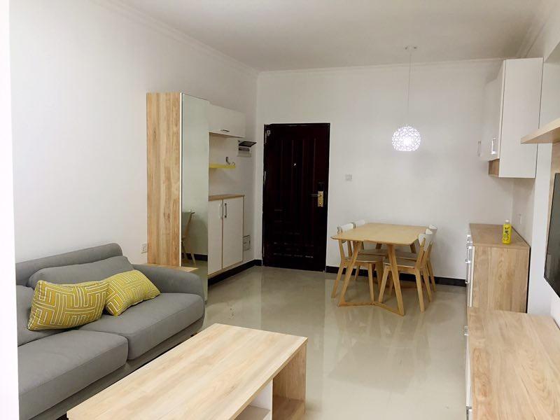 新中心区 勤诚达22世纪 3室 2厅 88平米 整租