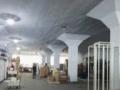 建设路1300平框架仓库可长期出租