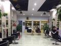 河东夜市华翔小区边上 理发店转让 120平米
