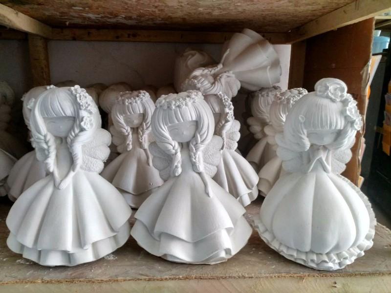 石膏涂色娃娃批发石膏涂色卡通像批发石膏娃娃批发可上门看货