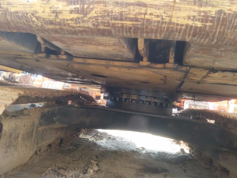 转让卡特323D2L二手挖掘机一台