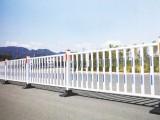 佛山公路护栏厂家道路锌钢护栏交通隔离护栏机动车道隔离护栏