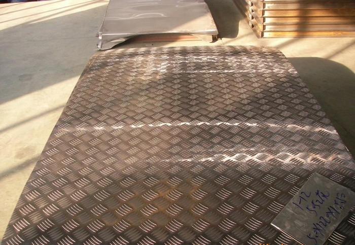 济南花纹铝板生产厂家