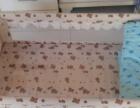 全新木质婴儿床