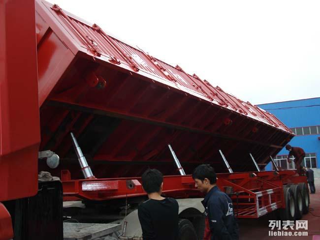 货车郓城挂车厂价直销轻型13米侧翻半挂车包全国上户价