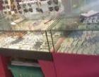 眼镜店玻璃柜台