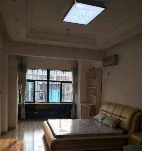 豪华装修,实惠价,单身公寓的优秀之家!