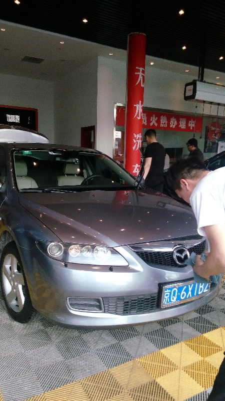 北京快速道路救援,搭电,补胎,送油,换电瓶,拖车