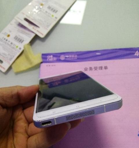 小米Note 3+64全网通,9新,5.7寸。
