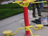 义发体育供应济南广场健身器材厂家热销