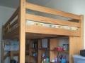 个人转让纯实木儿童床及书桌