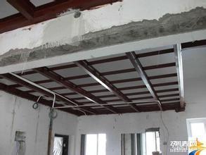 做阁楼用什么材质好?楼房顶层怎么做阁楼?做阁楼价格?