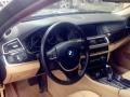 宝马5系2011款 523Li 2.5 手自一体 豪华型-美女一