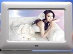 【厂家直供】 批发供应7寸新款超薄高清美容美发广告机 展示架