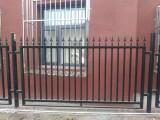北京大兴区铁艺护栏铁艺围栏铁艺栏杆铁艺大门阳光棚制作