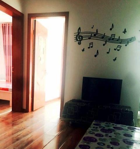 精裝公寓房溫馨小两室現出租,隨時看房預定,请联系我
