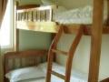 大学生公寓床位出租、12元一16元一天,拎包入住,