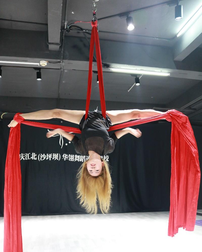 日韩舞蹈教学 钢管肚皮舞 空中舞蹈包教包会包工作