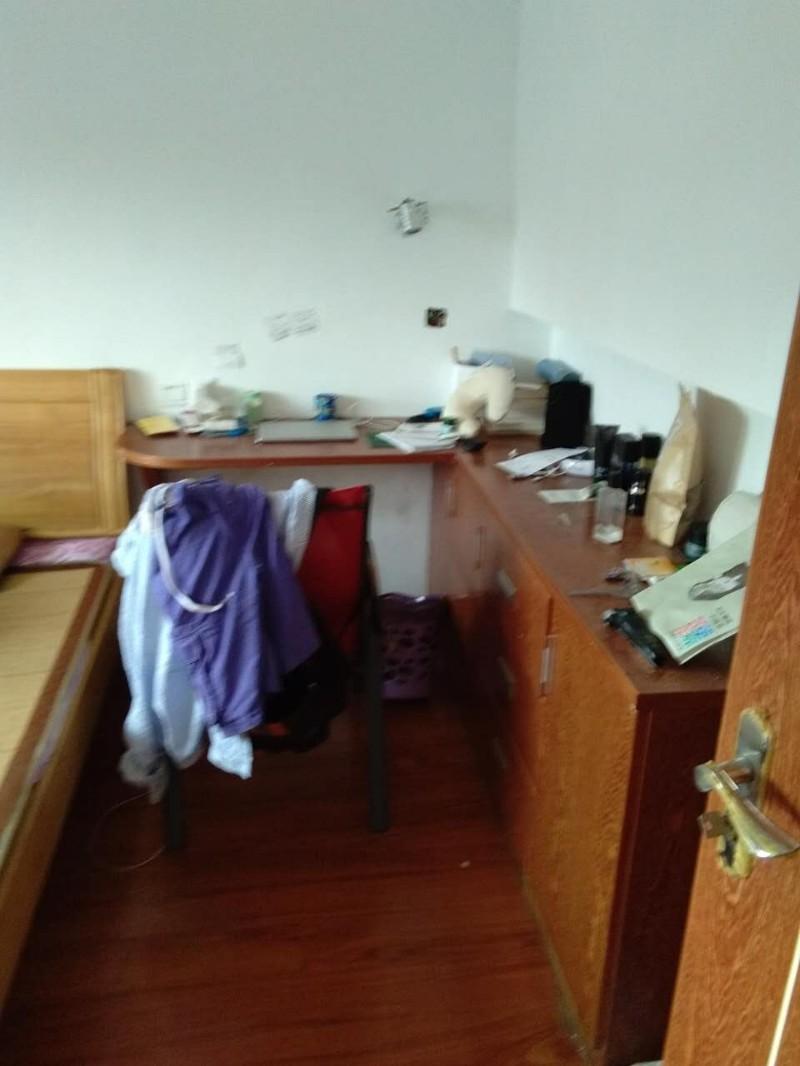 白云小区 4室 2厅 150平米 整租