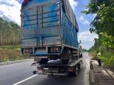 哈密專業汽車道路救援電話哈密拖車哈密搭電哈密脫困換胎