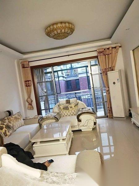 丰源淳和 精装修3房 采光好 出入好 小区环境好 房东急售