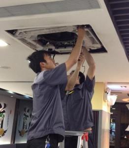 宝山区专业空调维修拆装移机空调不制热空调加液漏水清洗快速上门