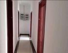 600平 3层可做饭公寓,家具齐全,一共可分22个房间。