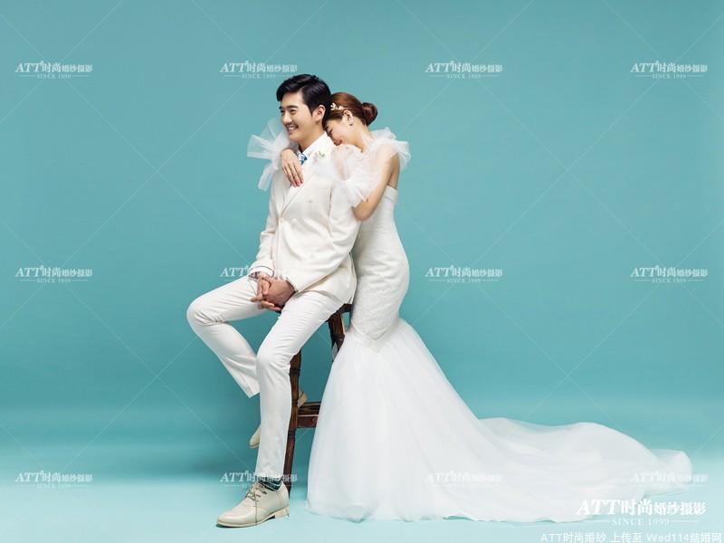 ATT时尚婚纱摄影教你新郎在拍婚纱照时如何选择礼服