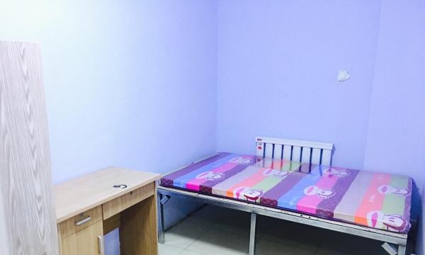 银座石墙公寓初次出租,拎包入住,干净整洁,包水电网,全天热水