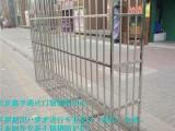 北京西城月壇陽臺防盜窗安裝不銹鋼防護欄斷橋鋁防盜門