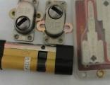 红旗小区 换锁芯电话 安装超C级防盗锁芯