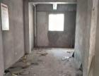 花山路华润新村二期实验中学对面纯门面房层高5.5米