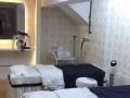 豪装 美容院150平米 稳定客源。转手可营