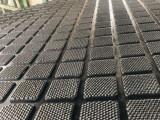 牛栏垫,龟背牛栏垫,菱形板等定制橡胶板