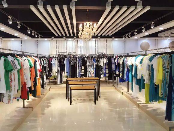 许昌常年供应品牌尾货库存女装,外贸服装,库存尾货
