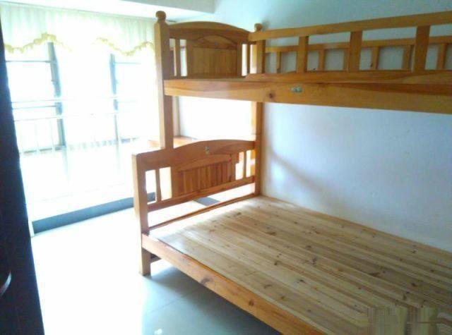 坦洲州际新天99平精装三房 押二付一仅租1800元